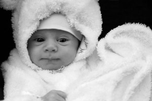newborn-baby-in-winter